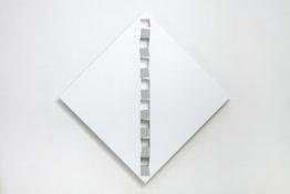 Acrylique et poudre de marbre sur contre-plaqué, 146 x 146 x 8 cm, 2015