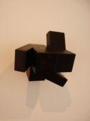 Bois teinté noir, 14 x 14 x 12 cm, 1990