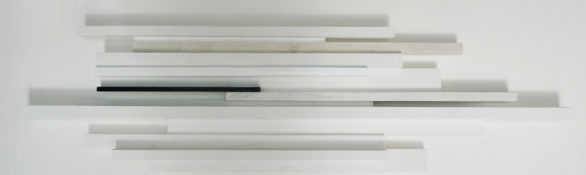 Acrylique et laque sur bois, 29 x 110,4 x 5,7 cm, 2015